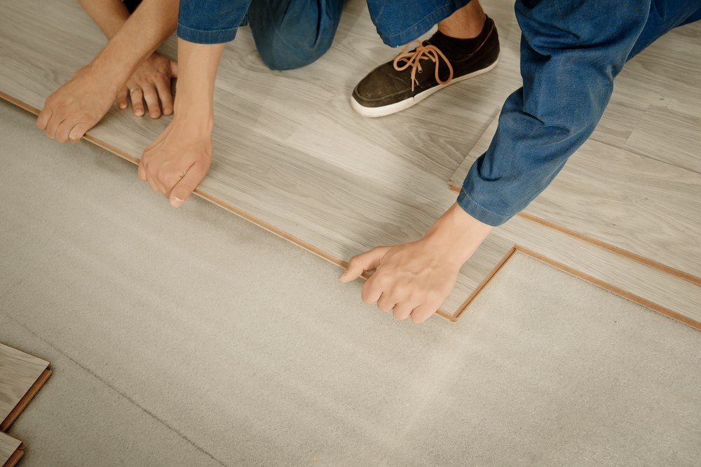 Laminate VS Hardwood - Timbertown - Flooring Experts Calgary